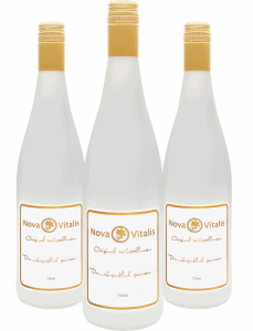 Drei Flaschen Original Kristallwasser